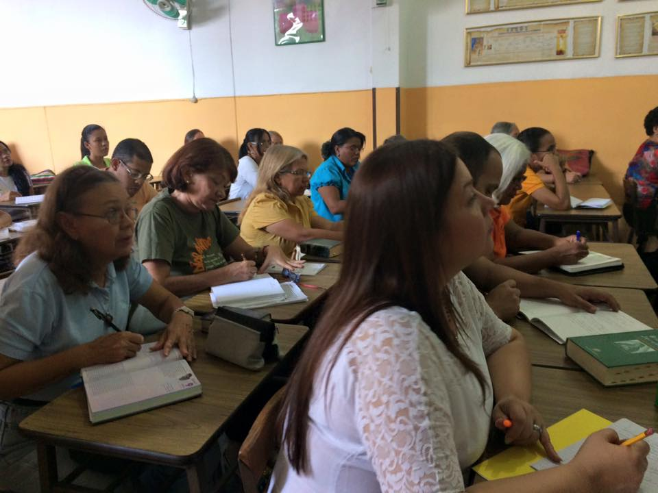 Escuela De Formación Permanente (7)