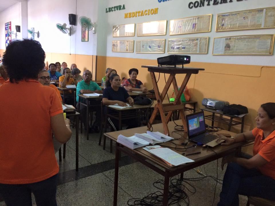 Escuela De Formación Permanente (9)
